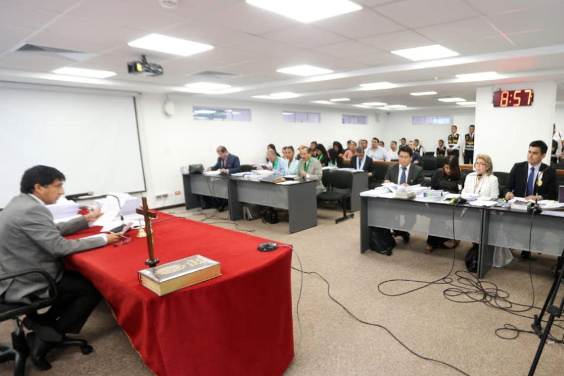 El Juez Concepción Carhuancho preside la audiencia de pedido de prisión preventiva contra el  exalcalde del Callao Juan Sotomayor y el excongresista Víctor Albrecht. Foto: ANDINA/Difusión