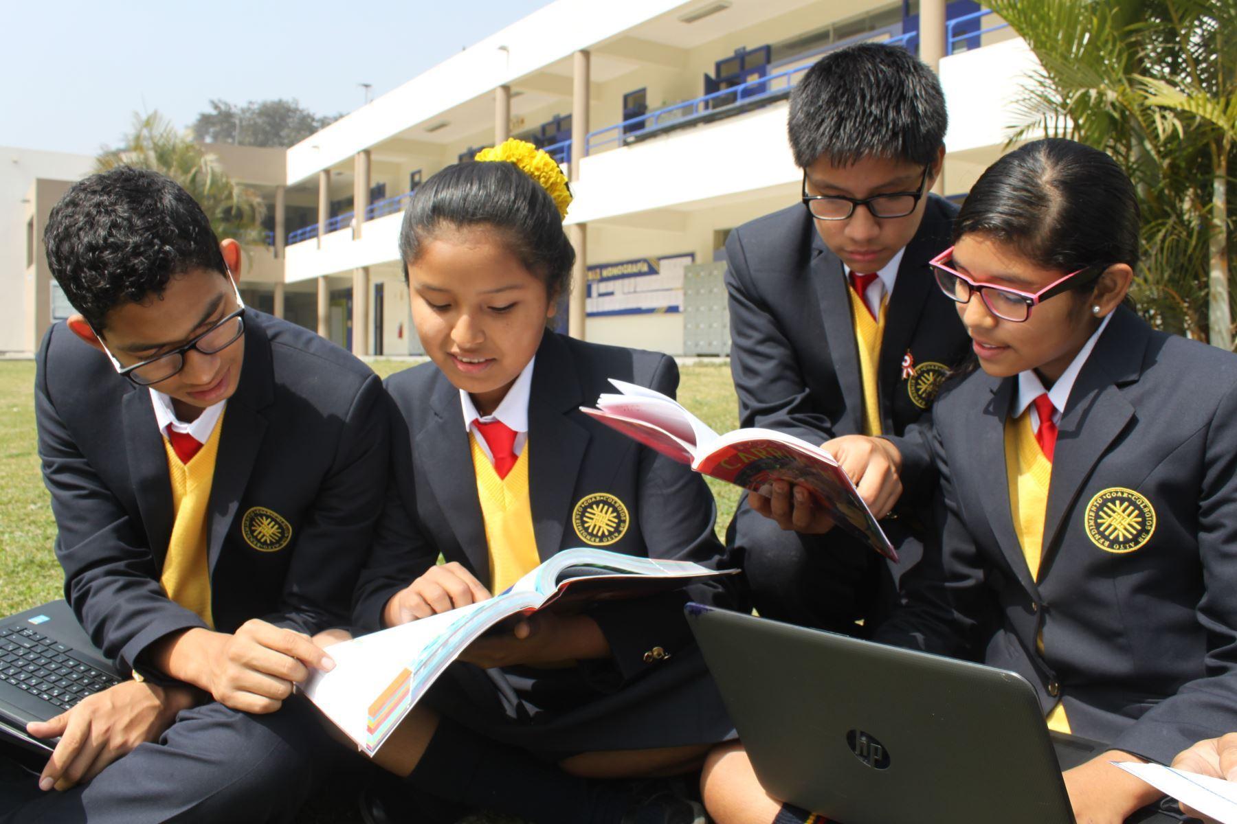 Más de 34,000 escolares buscan mañana cubrir 2,700 vacantes en los COAR. Foto: ANDINA/Difusión.