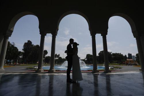 San Valentín: Más de 100 parejas contraen matrimonio en Parque de las Aguas