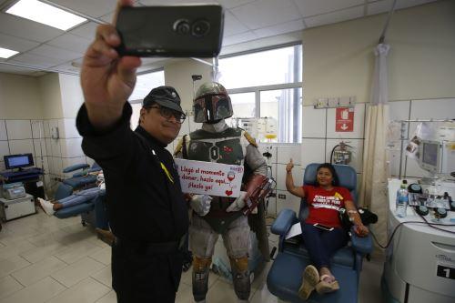 El INSN - San Borja y la  legión 501 Stars Wars invitan a la ciudadanía a donar plaquetas para pacientes con cáncer