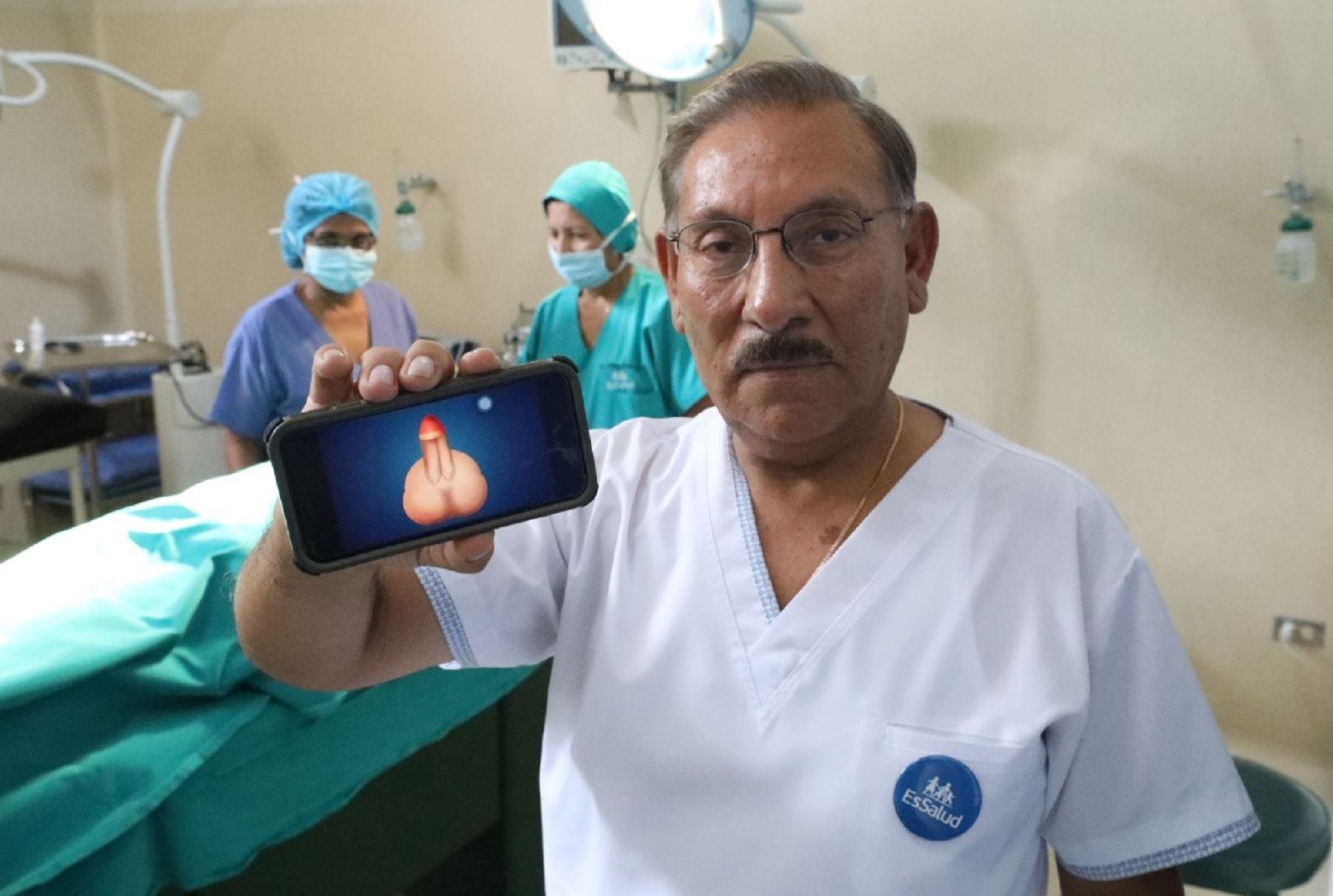 Un asegurado de 60 años, quien había sufrido una lesión grave en la región genital, se convirtió en el protagonista de la primera y compleja cirugía de reconstrucción parcial de pene realizada por médicos cirujanos del Hospital Nacional Edgardo Rebagliati Martins de EsSalud.