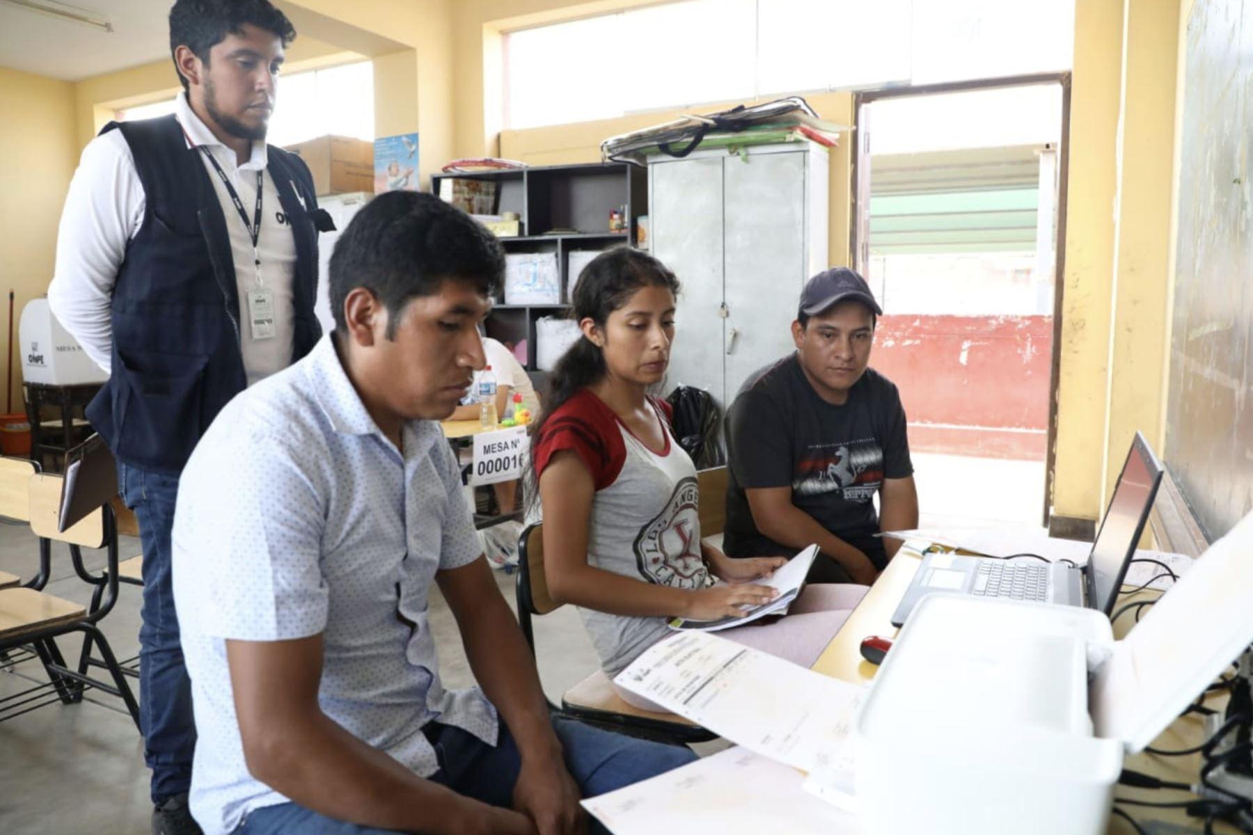 Conteo de votos del proceso electoral en trujillo. Foto: JNE/Difusión