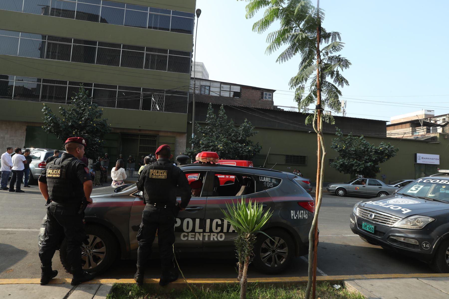 Intervienen local de hermanos Guisado, en Gamarra vinculado a los intocables ediles. Foto: ANDINA/Melina Mejía