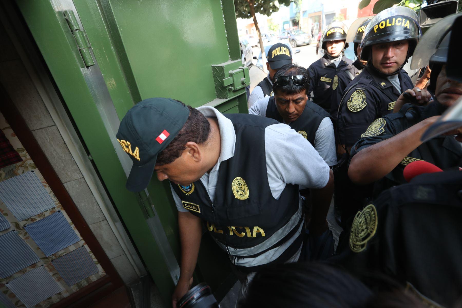 Fiscalía interviene local de hermanos Guizado en Gamarra, implicados en caso los intocables ediles.  Foto: ANDINA/Melina Mejía