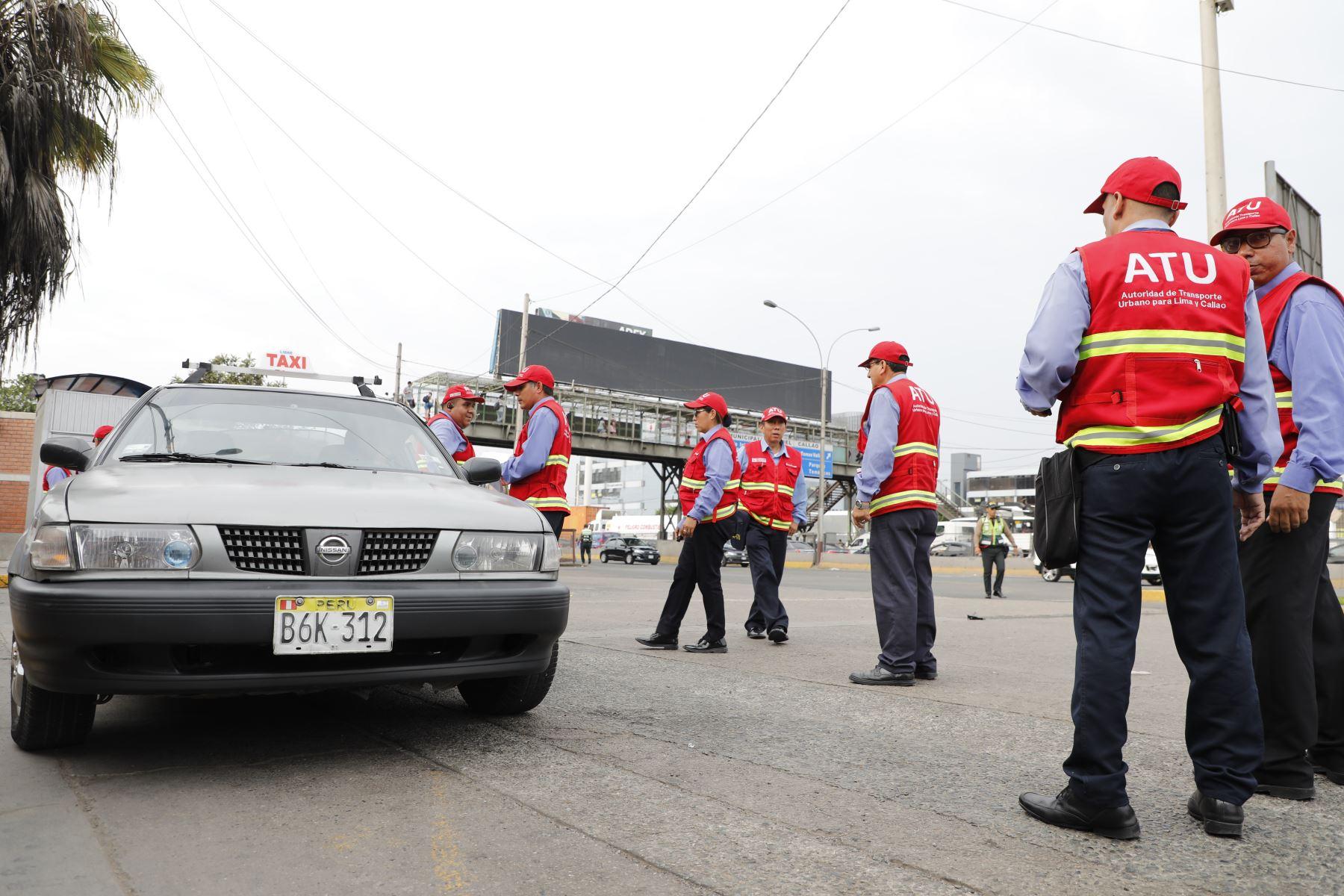 El resultado del operativo fue el siguiente: 105 vehículos intervenidos, imponiéndose 12 papeletas de tránsito y 19 actas de control de infracción de la ATU. Foto: ANDINA/ Difusión