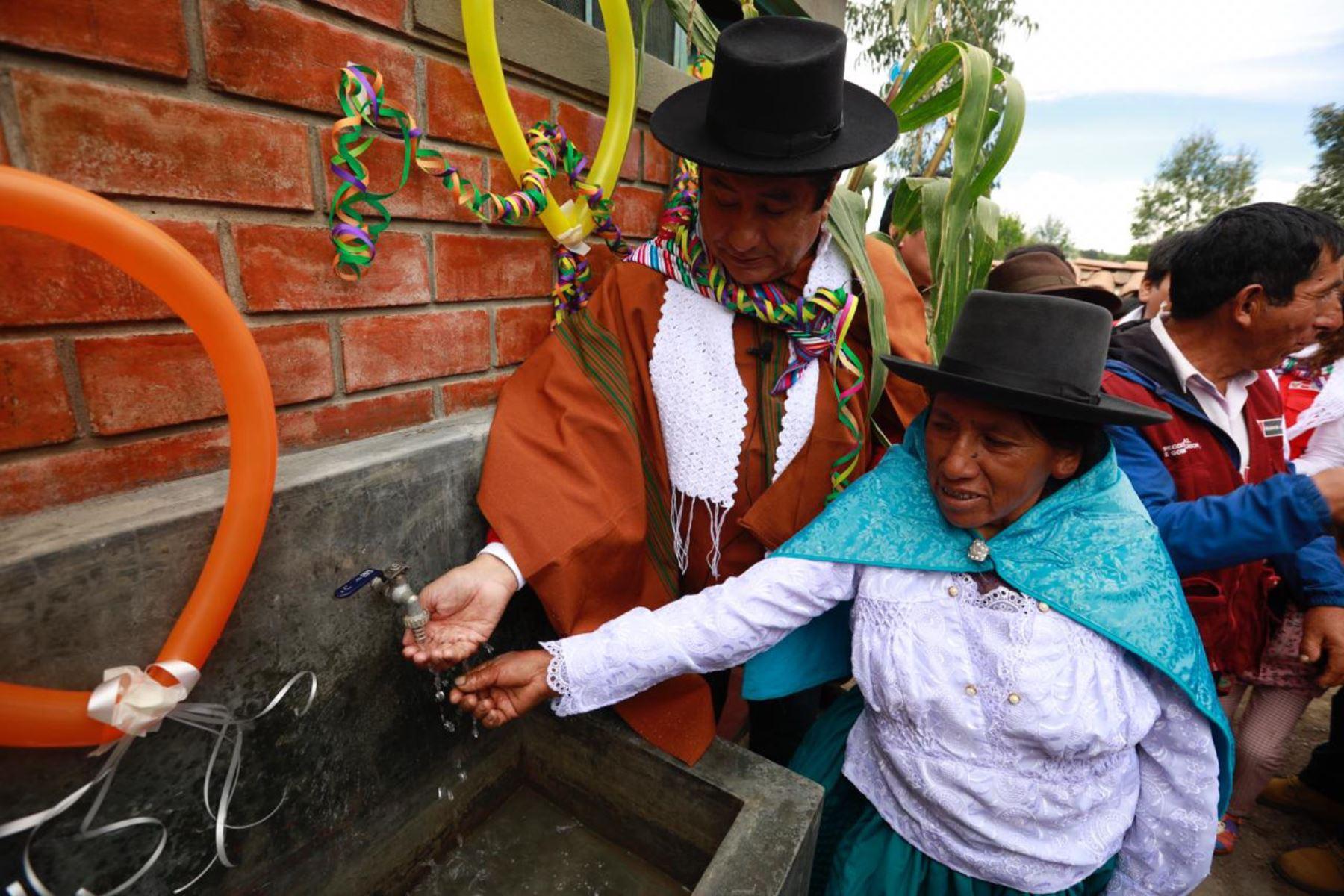 Gobierno entregará este año obras de agua y saneamiento en zonas rurales de Ayacucho, anuncia ministro de Vivienda, Construcción y Saneamiento, Rodolfo Yañez.