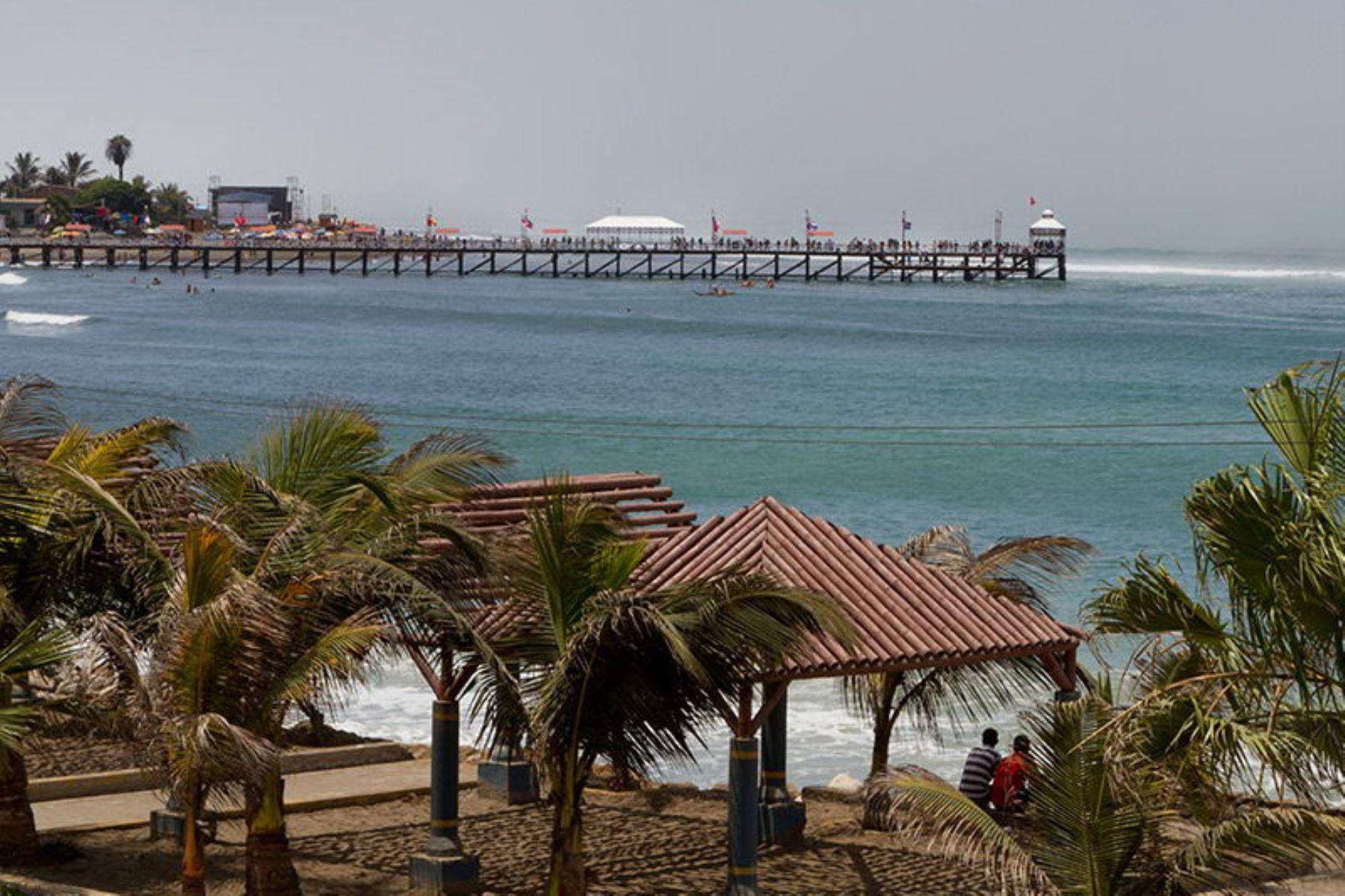 El balneario de Huanchaco está ubicado en la provincia de Trujillo, región La Libertad. Foto: Promperú