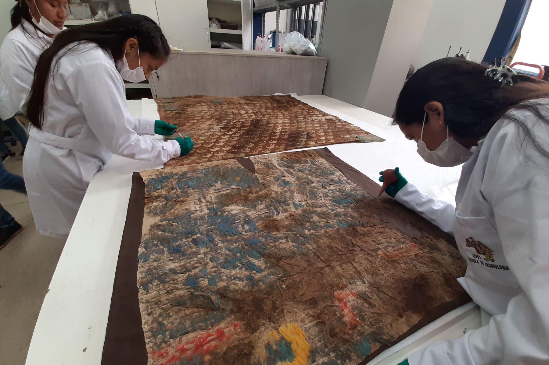 Laboratorio de arqueología de la Universidad Nacional de Trujillo preservará y conservará los vestigios arqueológicos hallados en Huanchaco. Foto: Luis Puell