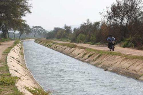 El remozado canal de Mochumí beneficiará a 4,935 pequeños y medianos agricultores de la provincia y región Lambayeque.