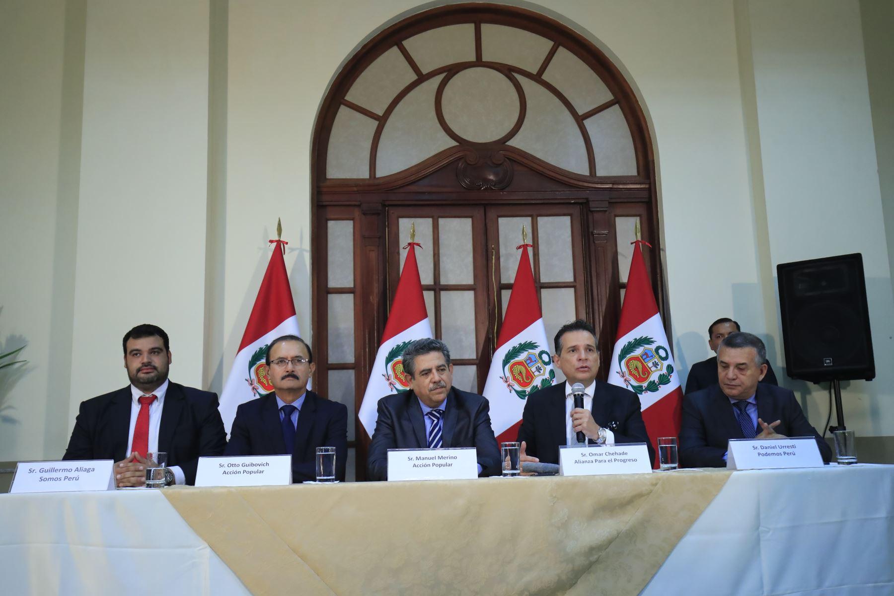 Acción Popular forma alianza para presidir Mesa Directiva del Congreso