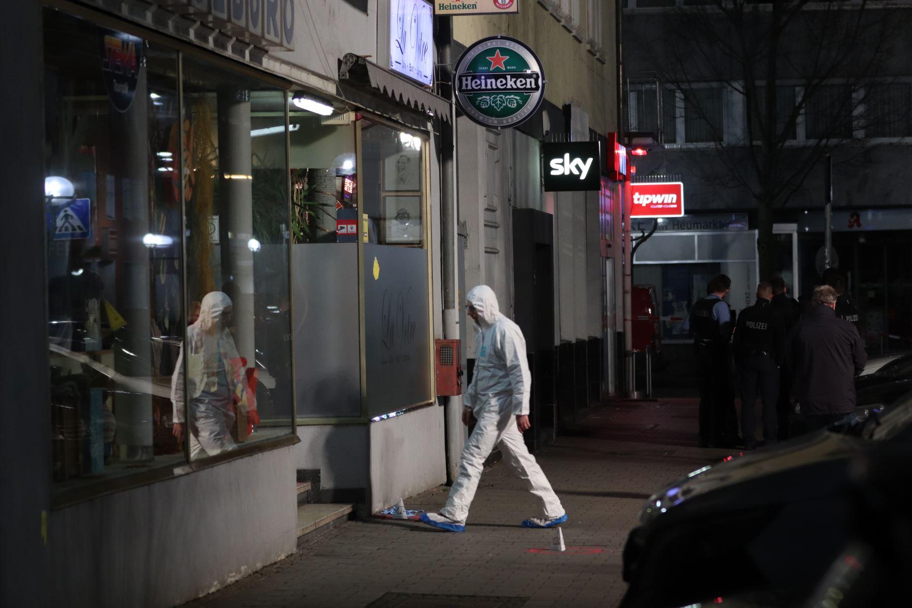 Al menos nueve personas murieron en dos tiroteos a bares de shisha en Hanau, a unos 20 kilómetros de Frankfurt. Foto: AFP