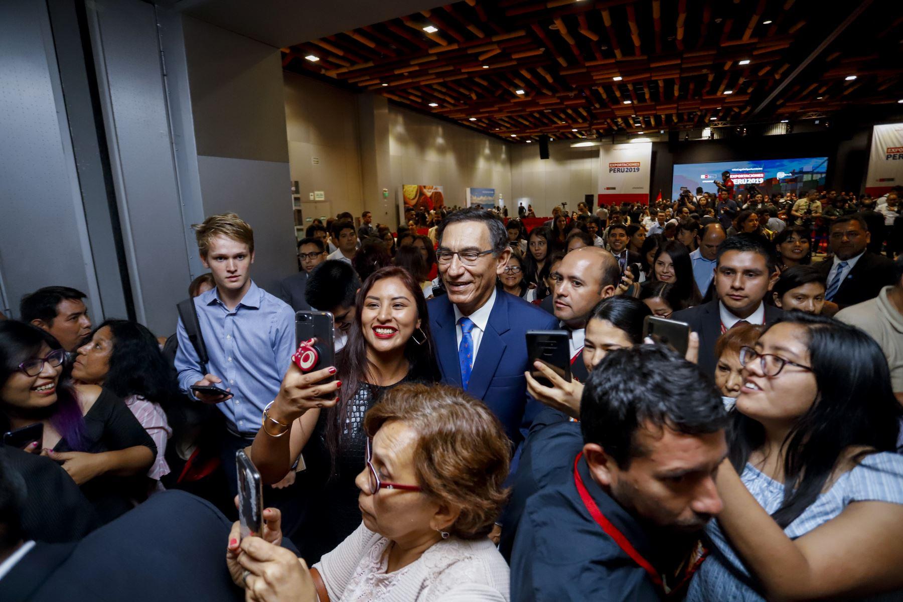 Presidente de la República, Martín Vizcarra, participa en el anuncio de las cifras de exportaciones 2019. Foto: ANDINA/ Prensa Presidencia. Foto: ANDINA/ Prensa Presidencia