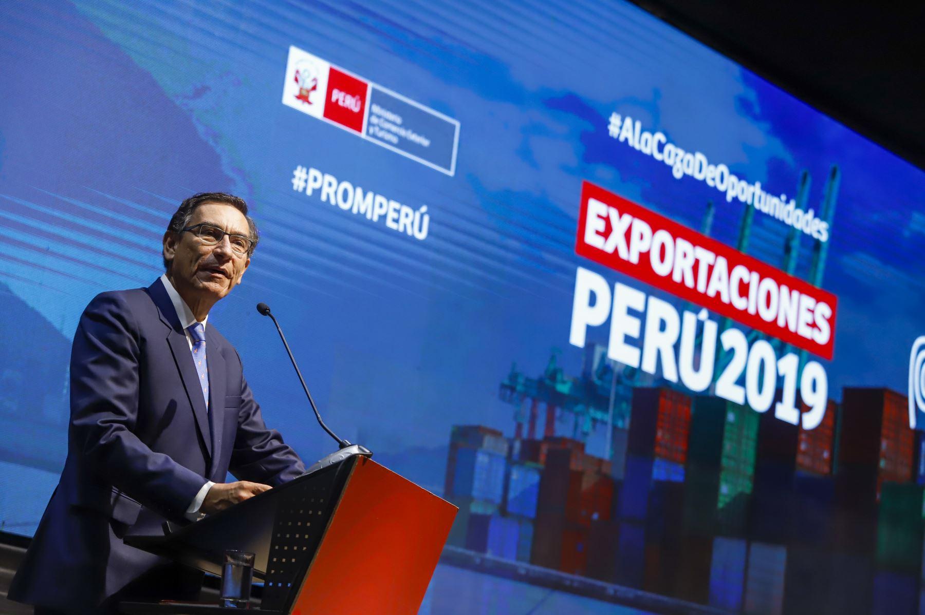 Presidente de la República, Martín Vizcarra, participa en el anuncio de las cifras de exportaciones 2019. Foto: ANDINA/ Prensa Presidencia