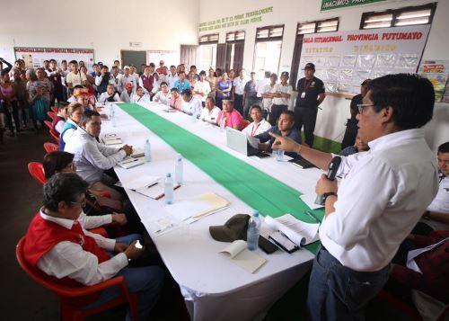 Jefe del Gabinete Ministerial, Vicente Zeballos, en reunión con autoridades de la provincia de Putumayo, en la región Loreto.