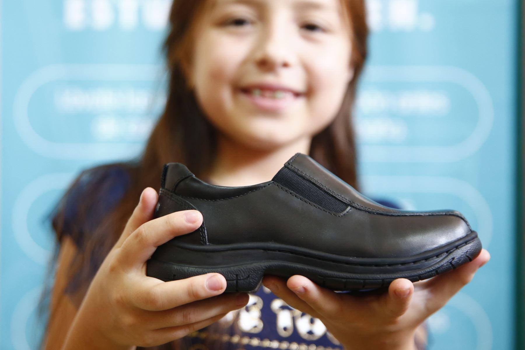 El calzado escolar debe brindar comodidad al estudiante. Foto: ANDINA/Jhonel Rodríguez Robles