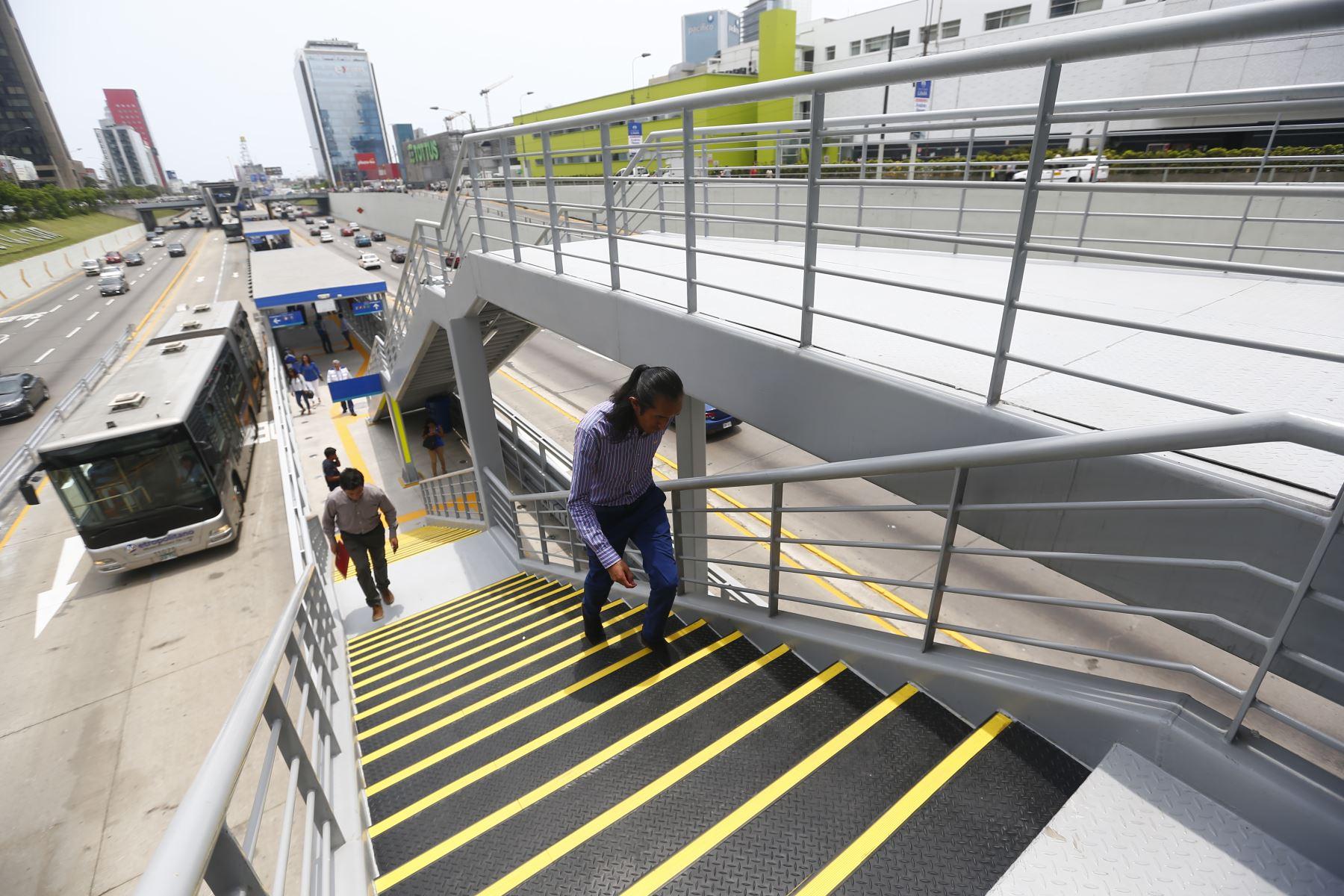 El alcalde Jorge Muñoz inaugura la nueva estación Andrés Reyes del Metropolitano, que beneficiará a 26 mil usuarios que utilizan a diario el servicio. Foto: ANDINA/Jhonel Rodríguez