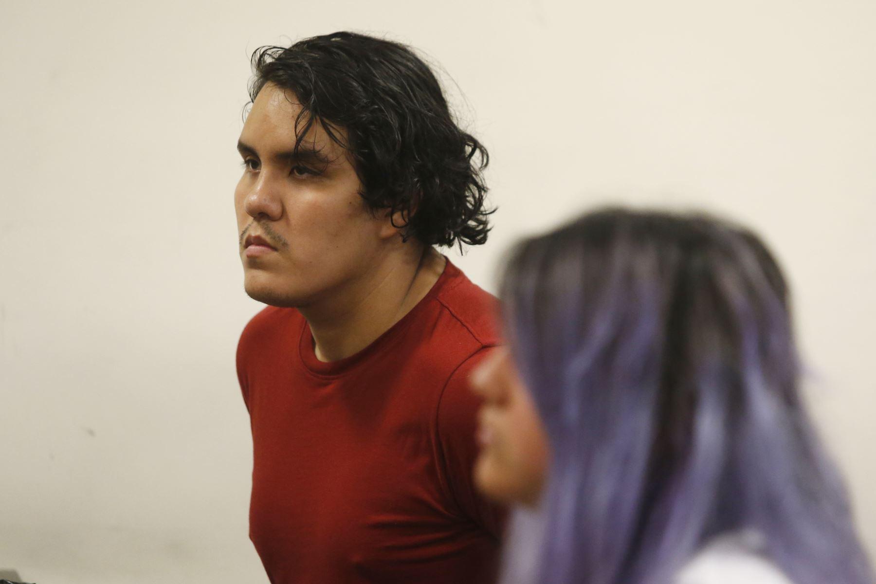 Kevin Villanueva y Andrea Aguirre durante la audiencia de prisión preventiva por el caso Solsiret. Foto: ANDINA/Eddy Ramos