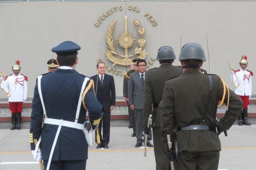 Presidente del Consejo de Ministros, Vicente Zeballos participa en ceremonia por el 25 aniversario de las operaciones del Alto Cenepa.