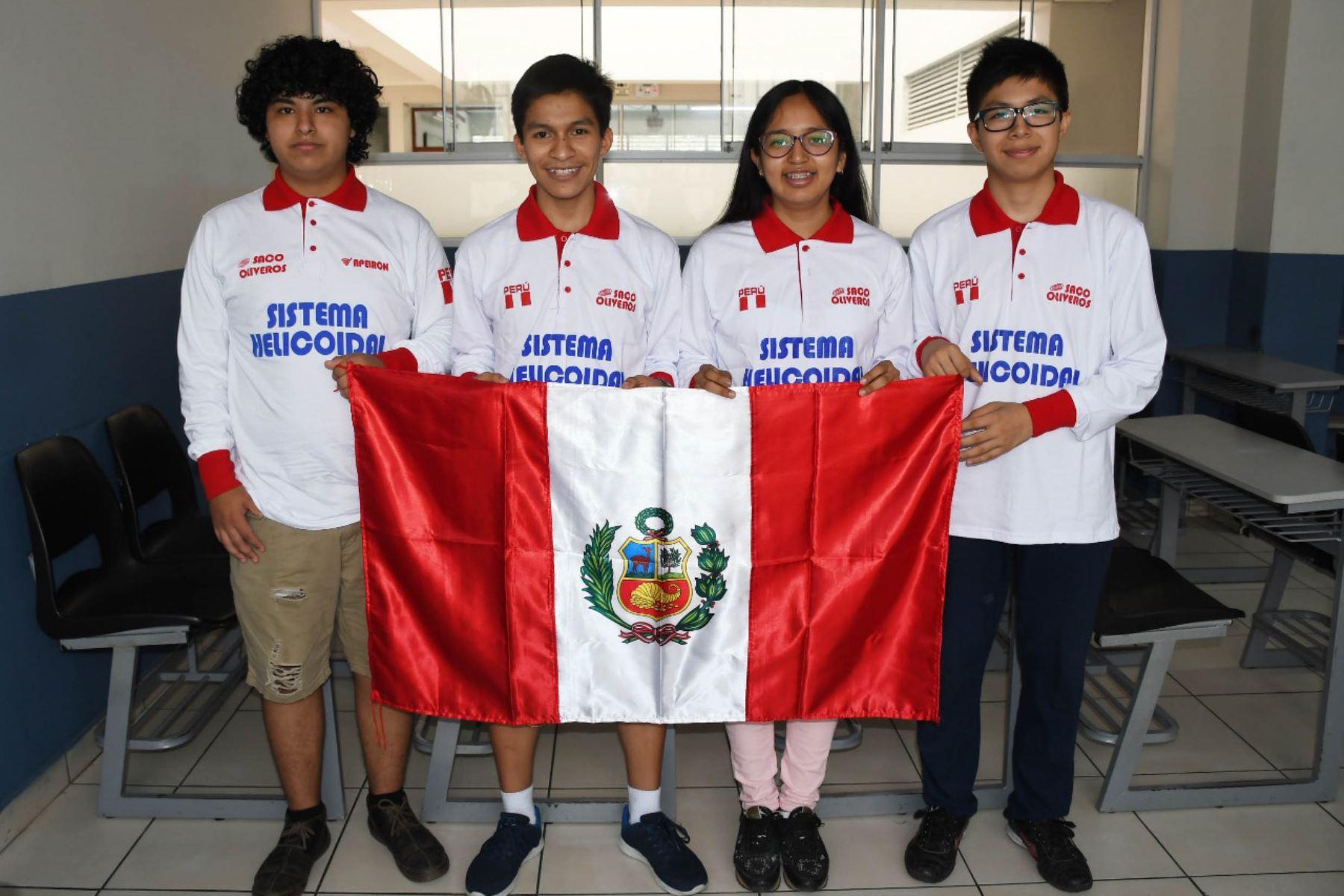 El equipo nacional está conformado por Joseph Altamirano Pacheco, Mijaíl Gutiérrez Bustamante, Carla Fermín Jiménez y Mario Mariona Morocho. Foto: Difusión