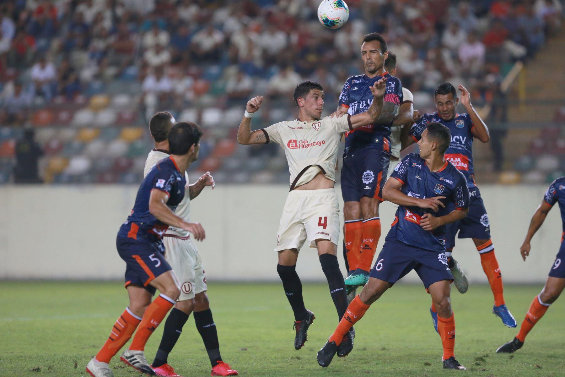 Universitario cayó derrotado ante la Universidad César Vallejo por dos goles a cero,en el estadio monumental.  Foto: ANDINA/Jhony Laurente