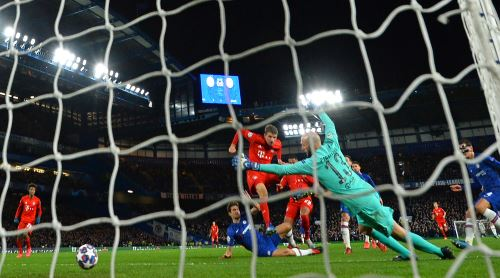 Bayern Munich goleó 0-3 a Chelsea en octavos de final de la UEFA Champions League