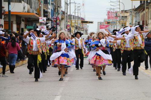 Celebran en Huancayo el día del Huaylarsh