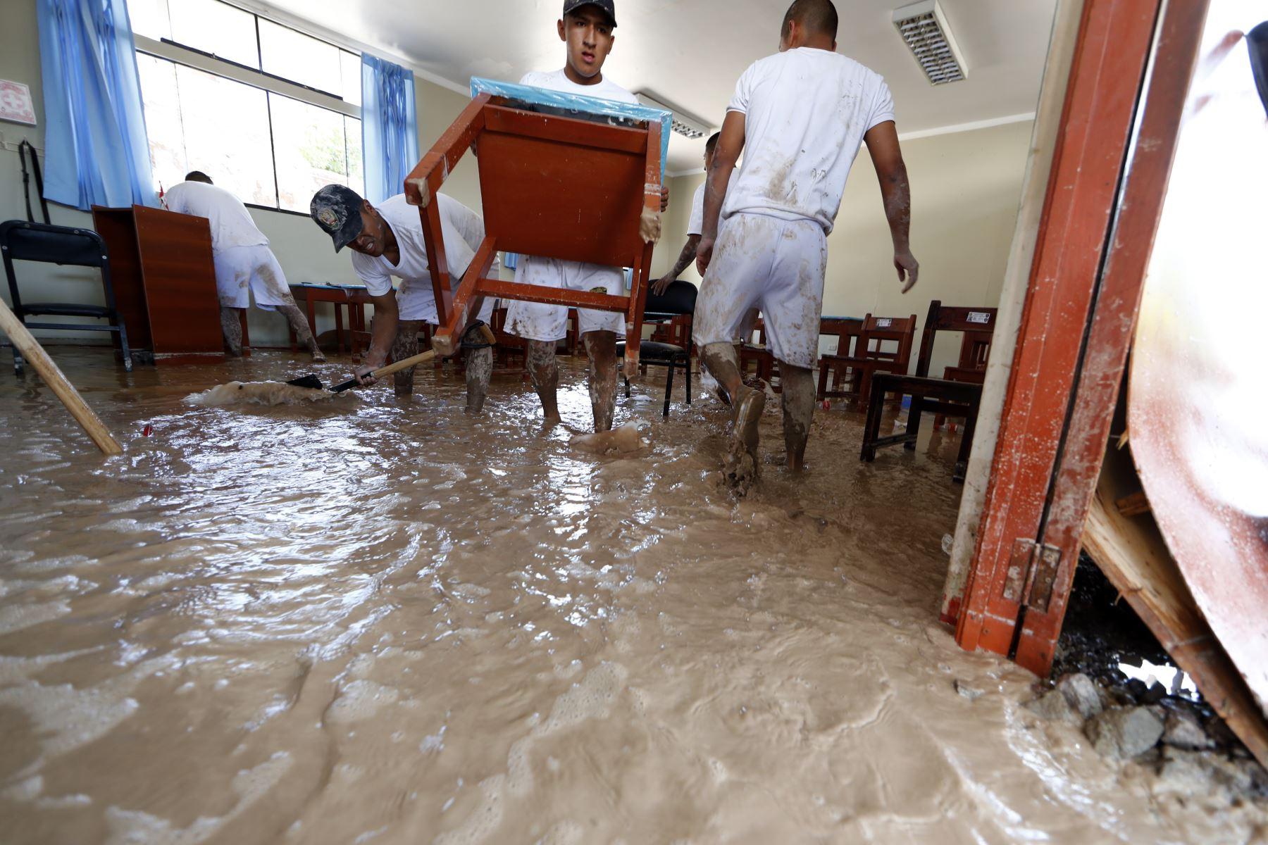 Acciones multisectoriales ante la emergencia por fuertes lluvias en Moquegua. Foto: ANDINA/Carlos Lezama