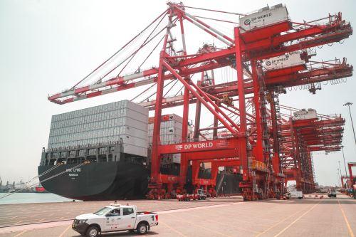 Ministerio de Transportes suscribe adenda para ampliar Muelle Sur del Terminal Portuario del Callao