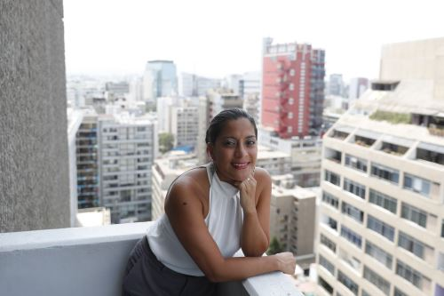 Gabriela Perona es directora del Proyecto especial Bicentenario y lidera un grupo de profesionales que apuesta por una conmemoración que muestre lo mejor de los peruanos y el Perú. ANDINA/Renato Pajuelo