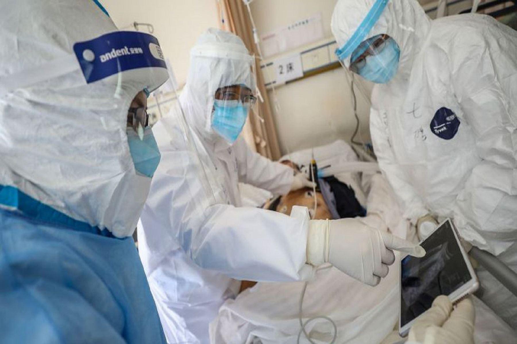 El coronavirus deja hasta el momento 7,873 muertos en el mundo. AFP