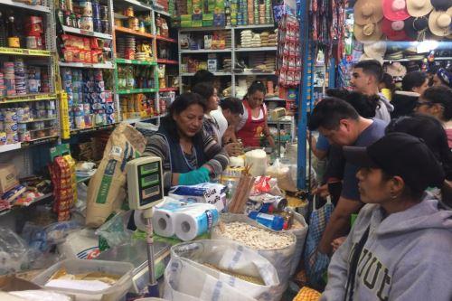 El mercado San Camilo, el más antiguo de la ciudad de Arequipa, atenderá de 6:00 a 17:00 horas mientras dure el estado de emergencia nacional.