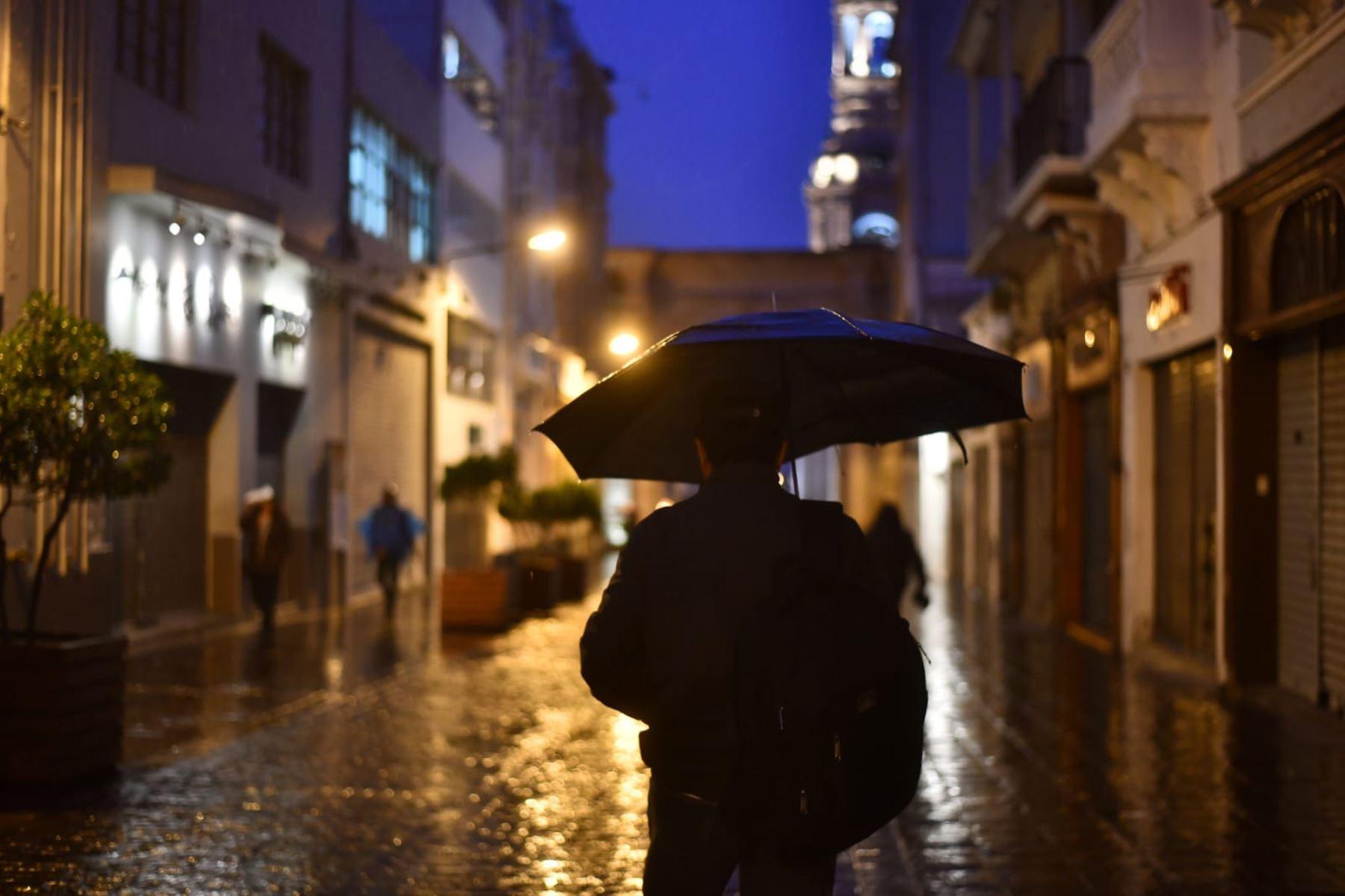 Pobladores de Arequipa acatan la Inmovilización social obligatoria desde las 20:00 hasta las 05:00 horas.  Foto: Cortesía Frase corta