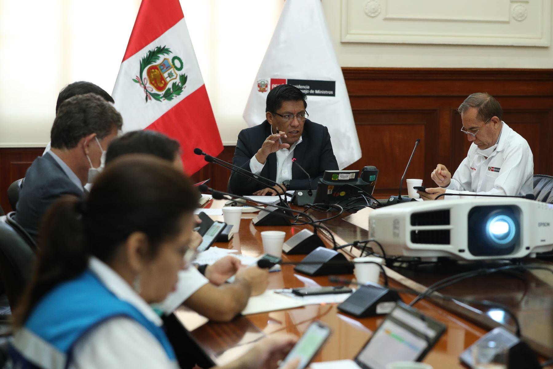 Primer ministro Vicente Zevallos preside la sesión de la Comisión Multisectorial Coronavirus.Foto: ANDINA/PCM