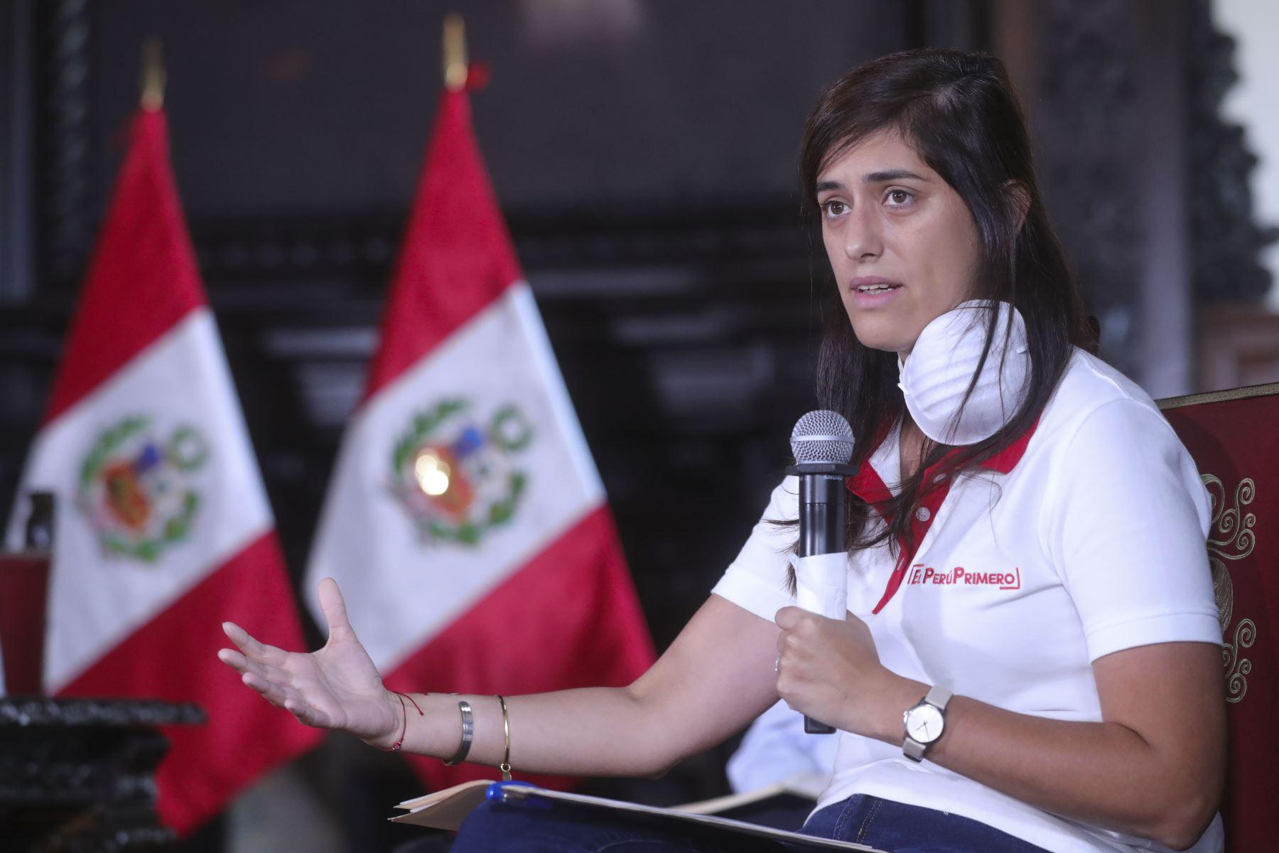 Ministra Economía, María Antonieta Alva informan sobre las medidas y acciones que implementa su sector, frente al  Estado de Emergencia Nacional. Foto:ANDINA/Prensa Presidencia
