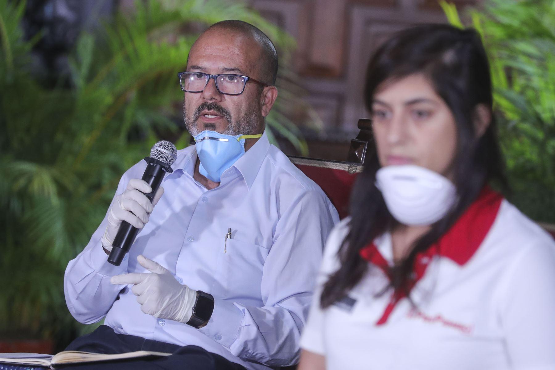 Ministro de Salud Victor Zamora informa sobre las medidas y acciones que  esta implementando el sector salud, frente al  Estado de Emergencia Nacional. Foto:ANDINA/Prensa Presidencia