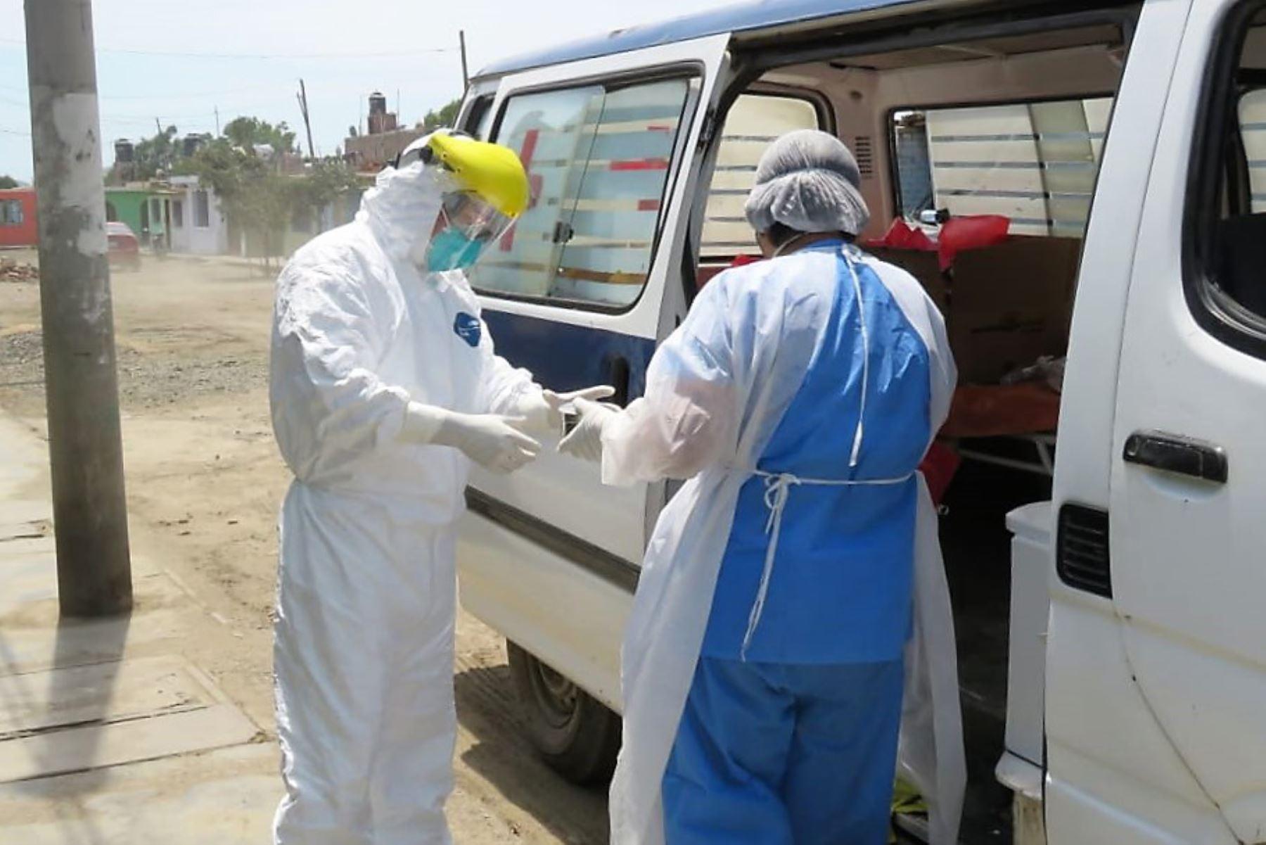 Personal de Salud redobla esfuerzos para controlar el avance del coronavirus en Áncash.