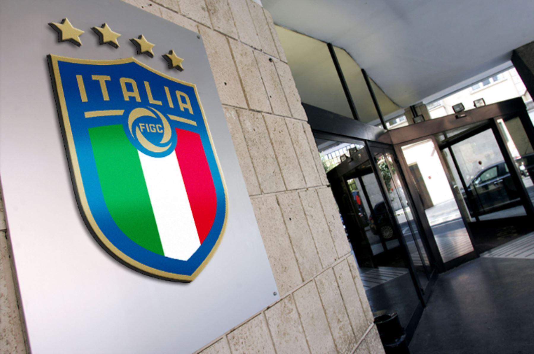 La Federación Italiana de Fútbol (FIGC) anunció  que su centro de entrenamiento de Coverciano, cerca de Florencia, quedará a disposición de las autoridades sanitarias para acoger a enfermos de coronavirus.