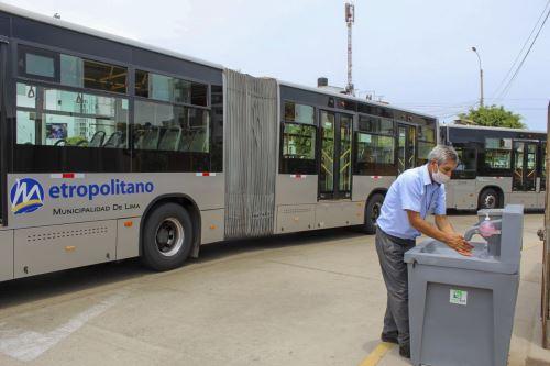 Municipalidad Metropolitana de Lima realiza acciones de prevención contra el covid-19 en estaciones del Metropolitano
