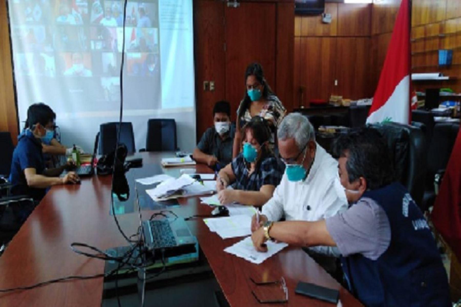 El gobernador regional de Lambayeque,  Anselmo Lozano Centurión, participó en la teleconferencia realizada por la Asamblea Nacional de Gobierno Regionales (ANGR) para abordar las acciones desarrolladas frente a la emergencia por el Covid-19.