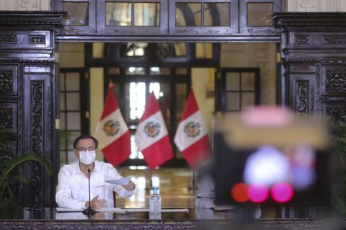 Presidente Vizcarra y ministros informan sobre las medidas que se implementan en el estado de emergencia nacional