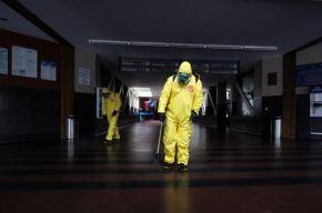 Con el propósito de prevenir el contagio del coronavirus, el Gobierno Regional de Lima desinfectará todas las comisarías y otras dependencias de la Policía Nacional del Perú, en las nueve provincias del departamento.