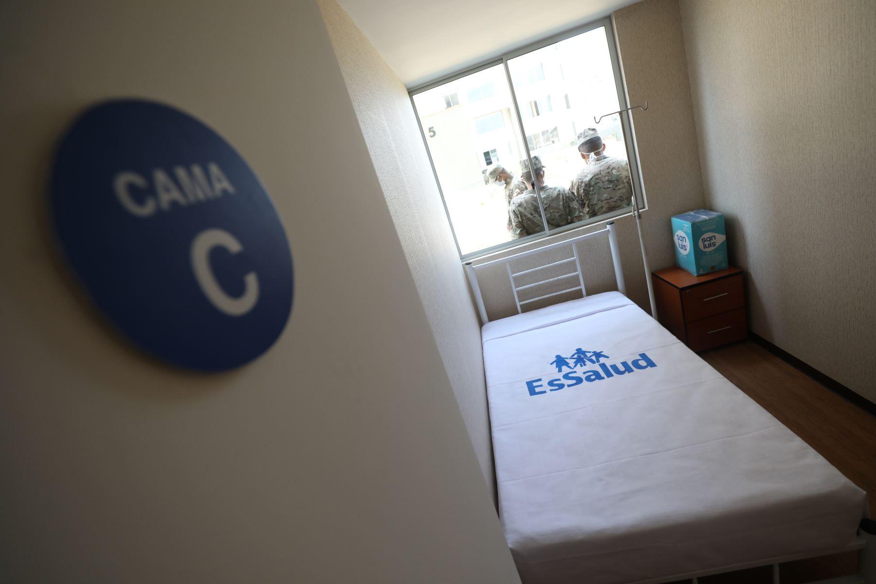 Continúa la implementación del Centro de Atencion y Aislamiento de EsSalud. Foto: EsSalud