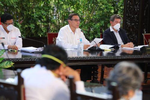 Decretan inmovilización social obligatoria desde las 18:00 horas en Lima y las 16.00 horas en cinco regiones