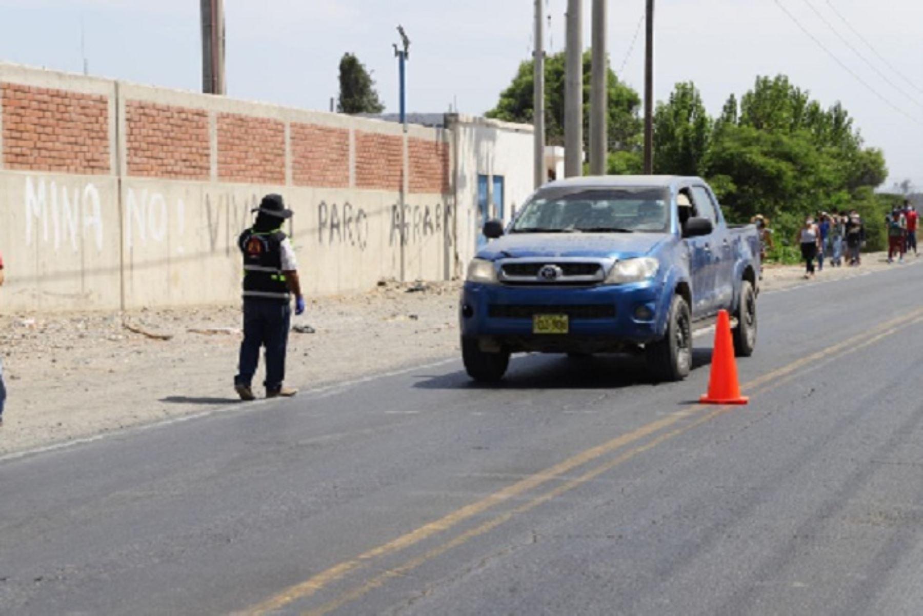 La Policía Nacional y el Ejército Peruano extremarán los controles de acceso y salida de transeúntes y vehículos.