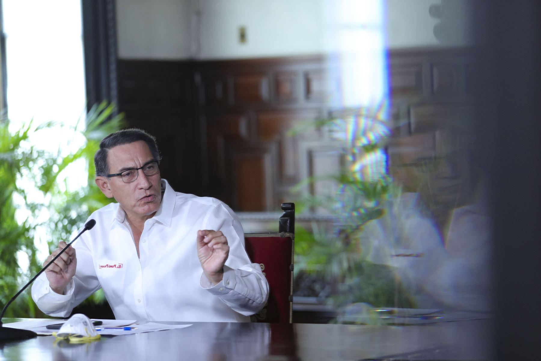 El presidente Martin Vizcarra informa junto a Ministros de Estado  sobre la situación del Estado de Emergencia en el día 16 y las acciones que realiza el Gobierno para contener la propagación del covid-19. Foto: ANDINA/Prensa Presidencia