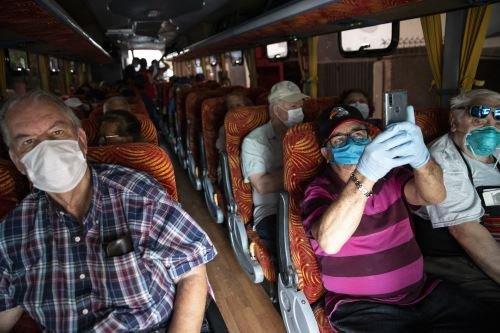 Canadienses varados en el Perú son repatriados con destino a Toronto