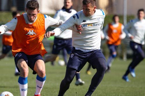 El club Brescia está dispuesto a pedir su baja si el torneo de fútbol se reanuda