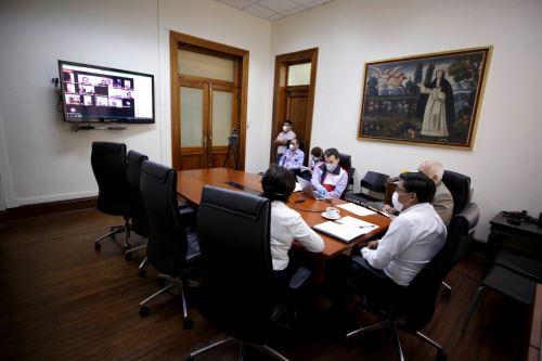 Sindicatos, gremios empresariales y el Gobierno buscan soluciones a problemas laborales Foto: MTPE