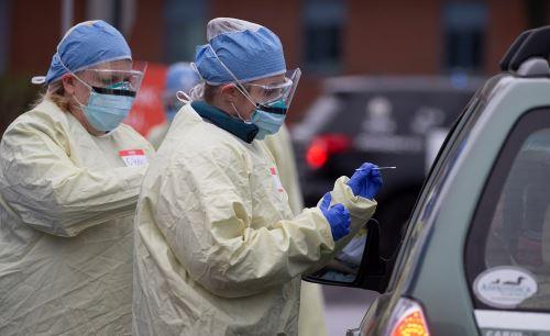 Coronavirus: Realizan pruebas de hisopo a conductores de Medford Massachusetts