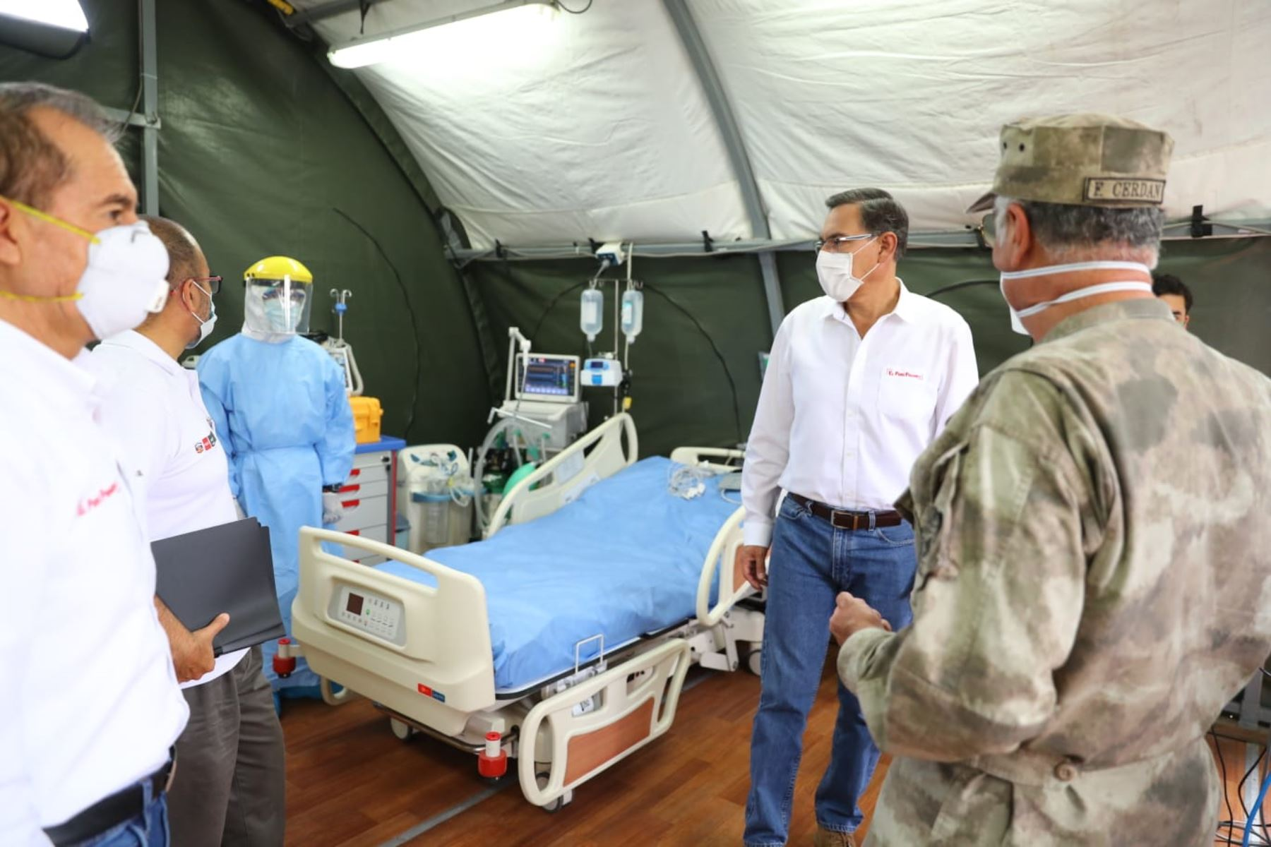 Presidente Vizcarra visita hospital de contingencia de la Marina. Foto: ANDINA/ Prensa Presidencia